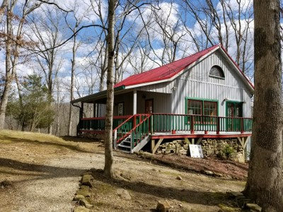 Nashville Indiana vacation cabin specials